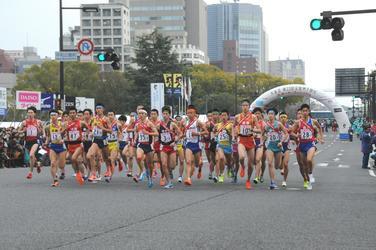 全国屈指のトップランナーたちが 広島の街を駆け抜ける