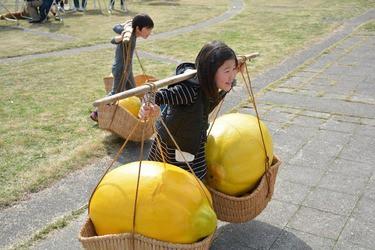 生口島の名産・レモンづくしの ユニークな催しで地元を盛り上げる