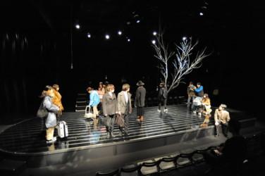 13名の若き俳優たちが登場 昨年に続き象千誠による作・演出