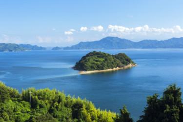 ドライブデートの目的地に♡ 海にぽっこり浮かぶ胸キュン島